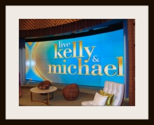 Framed Live! Kelly and Michael Set