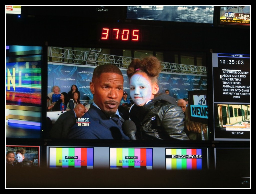 "Arise On Screen control room shot of Jamie Foxx, Actor in ""The Amazing Spider-Man 2"""